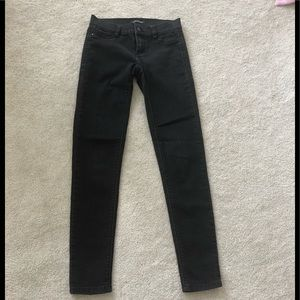 White House Black Market Black xxs skinny jean.